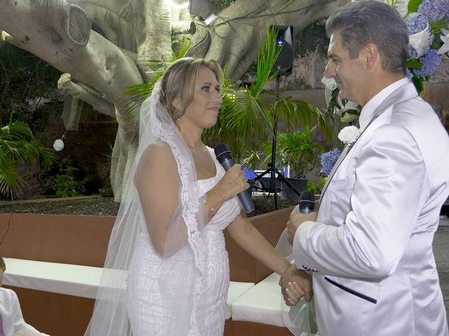 La boda de Joaquin y Cruz en Las Palmas De Gran Canaria, Las Palmas 50
