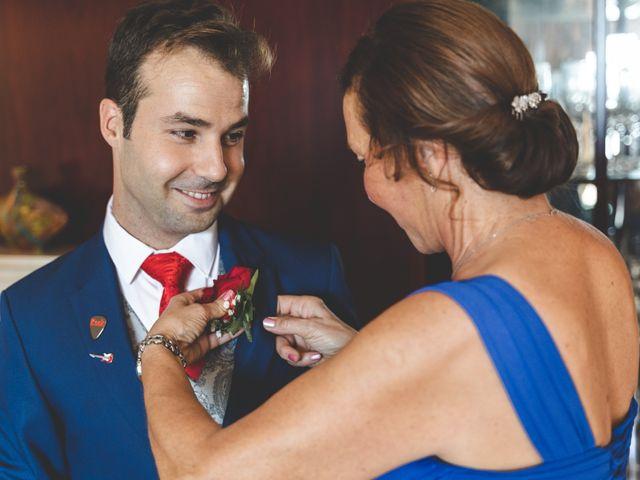 La boda de Miki y Rebeca en Badalona, Barcelona 5