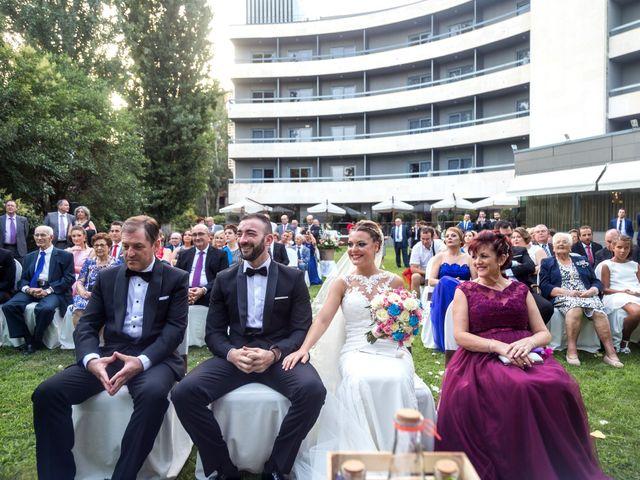 La boda de Roberto y Gloria en Madrid, Madrid 15