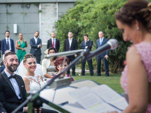 La boda de Roberto y Gloria en Madrid, Madrid 16