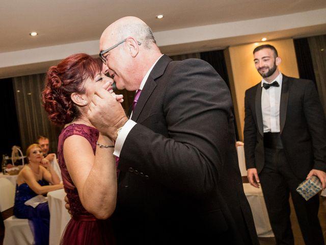 La boda de Roberto y Gloria en Madrid, Madrid 33