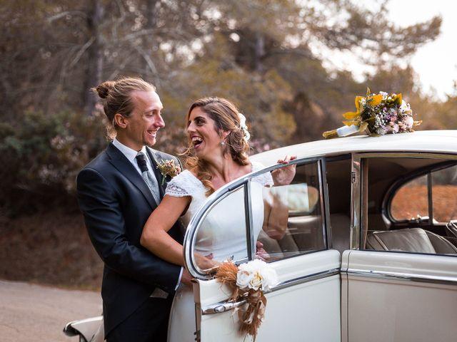 La boda de Jonathan y Lorena en Cala De San Vicente Ibiza, Islas Baleares 36