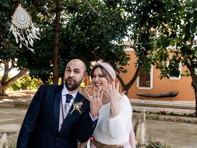 La boda de Carlos y Aurea en Castelló/castellón De La Plana, Castellón 24