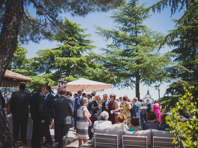 La boda de Alberto y Patricia en Torrelodones, Madrid 89