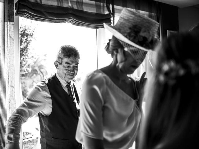 La boda de Rebeca y Iñaki en Donostia-San Sebastián, Guipúzcoa 29