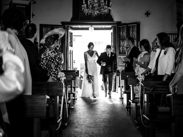 La boda de Rebeca y Iñaki en Donostia-San Sebastián, Guipúzcoa 35