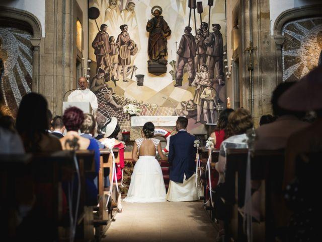 La boda de Rebeca y Iñaki en Donostia-San Sebastián, Guipúzcoa 37