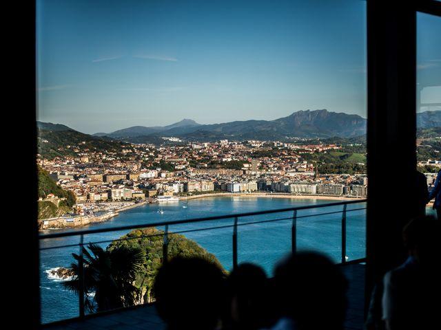 La boda de Rebeca y Iñaki en Donostia-San Sebastián, Guipúzcoa 71