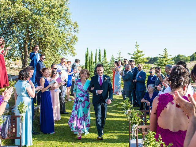 La boda de Miguel y Silvia en Tarancon, Cuenca 25