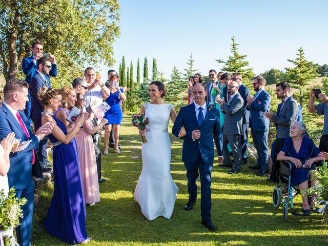 La boda de Miguel y Silvia en Tarancon, Cuenca 26