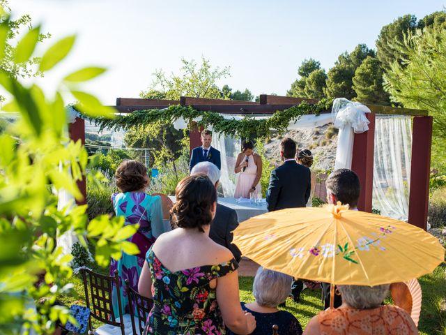 La boda de Miguel y Silvia en Tarancon, Cuenca 28
