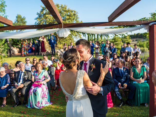 La boda de Miguel y Silvia en Tarancon, Cuenca 30