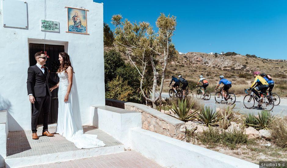 La boda de Lucho y Nina en Santa Pola, Alicante