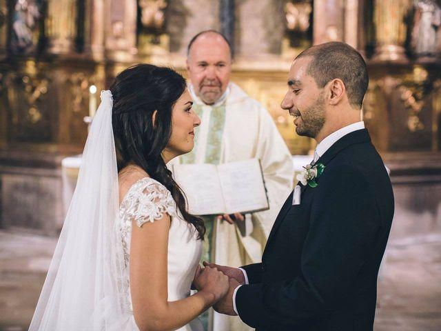 La boda de Tony y Lucía en Oviedo, Asturias 24