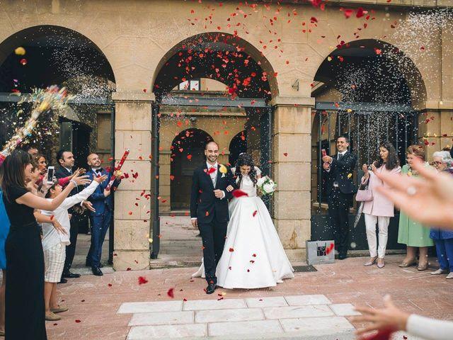 La boda de Tony y Lucía en Oviedo, Asturias 1