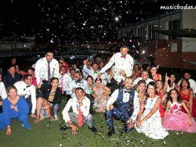 La boda de Antonio y Azahara en Peñarroya-pueblonuevo, Córdoba 1