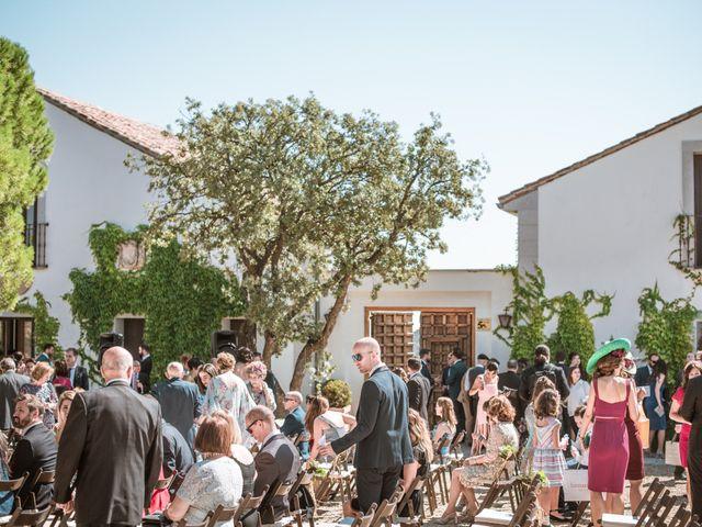 La boda de Manu y Lola en Las Rozas De Madrid, Madrid 35