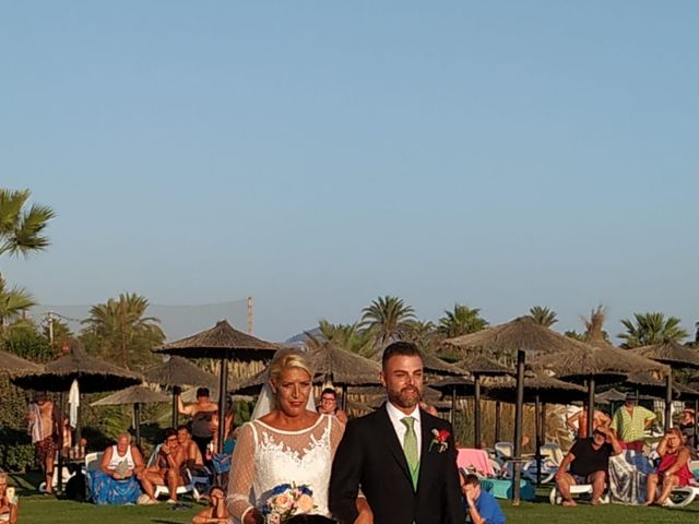 La boda de Óscar  y Beatriz  en Motril, Granada 25