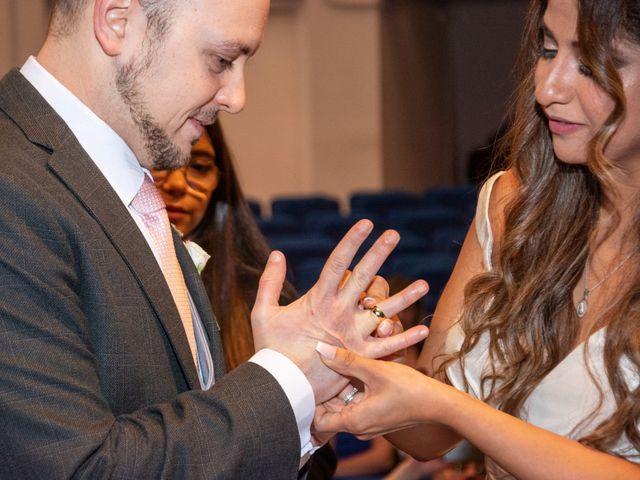 La boda de Rubén y Angella en Madrid, Madrid 19
