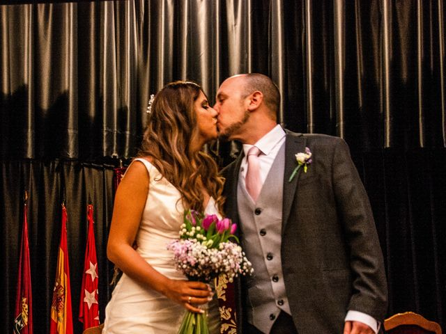La boda de Rubén y Angella en Madrid, Madrid 22