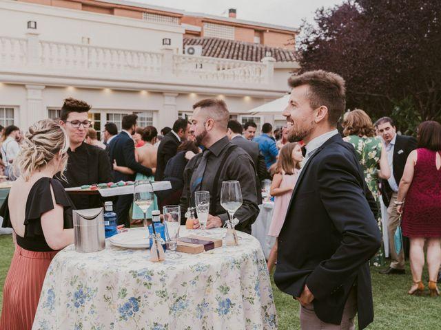 La boda de Óscar y Bea en Tomelloso, Ciudad Real 32