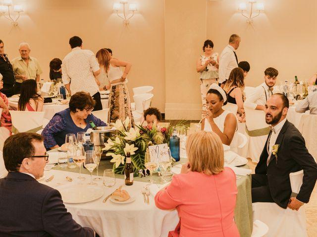 La boda de Óscar y Bea en Tomelloso, Ciudad Real 36