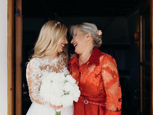 La boda de Dani y Andrada en Santa Eularia Des Riu, Islas Baleares 18