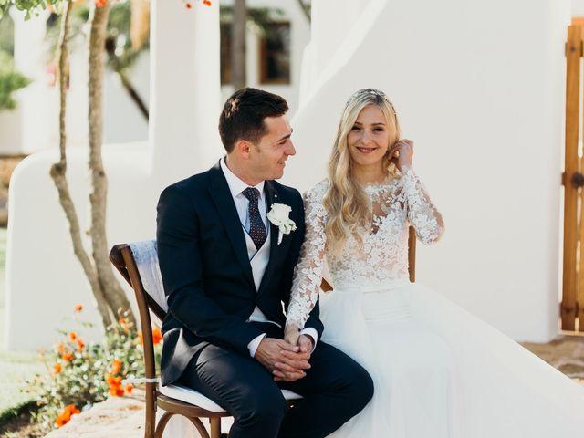 La boda de Dani y Andrada en Santa Eularia Des Riu, Islas Baleares 34