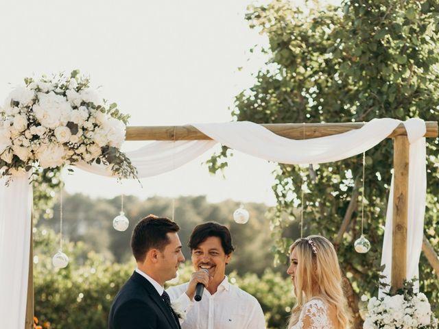La boda de Dani y Andrada en Santa Eularia Des Riu, Islas Baleares 36