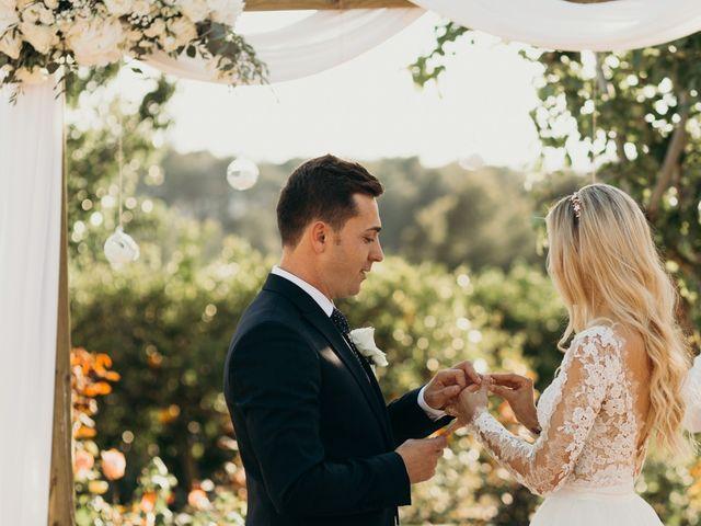 La boda de Dani y Andrada en Santa Eularia Des Riu, Islas Baleares 38