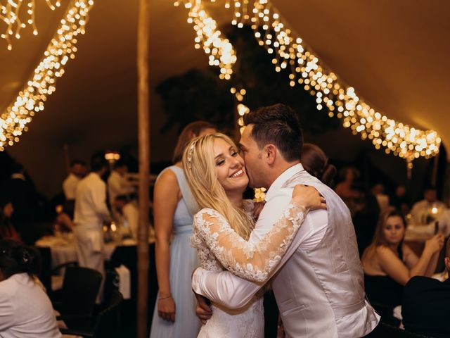 La boda de Dani y Andrada en Santa Eularia Des Riu, Islas Baleares 63