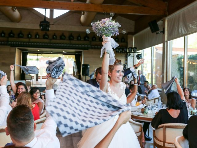 La boda de Lidia y Moises en Pineda De Mar, Barcelona 35