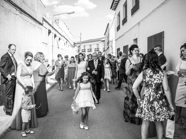 La boda de Ramón y Elena en La Villa De Don Fadrique, Toledo 24