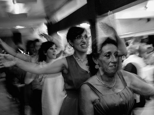 La boda de Juan Manuel y Almudena en Vigo, Pontevedra 20