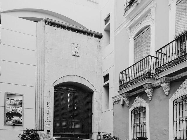 La boda de María y Jose en Sevilla, Sevilla 14