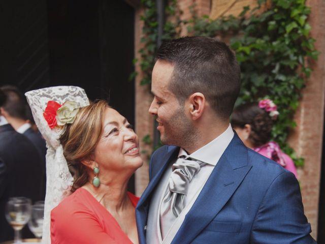 La boda de María y Jose en Sevilla, Sevilla 43