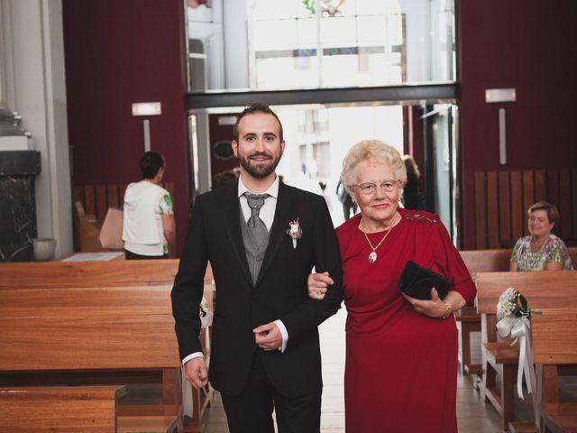 La boda de Iker y Olaia en Irun, Guipúzcoa 8