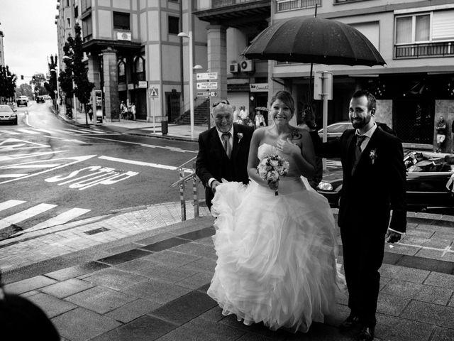 La boda de Iker y Olaia en Irun, Guipúzcoa 41