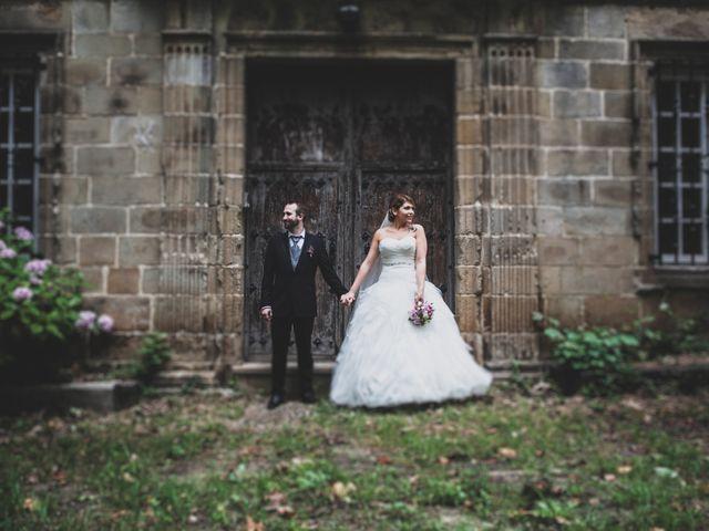La boda de Iker y Olaia en Irun, Guipúzcoa 53