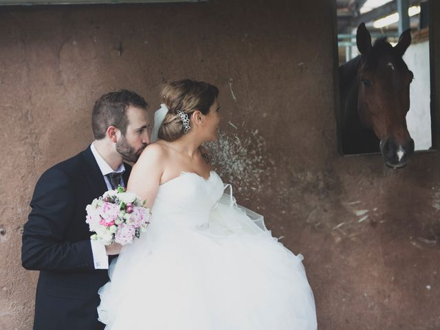 La boda de Iker y Olaia en Irun, Guipúzcoa 56