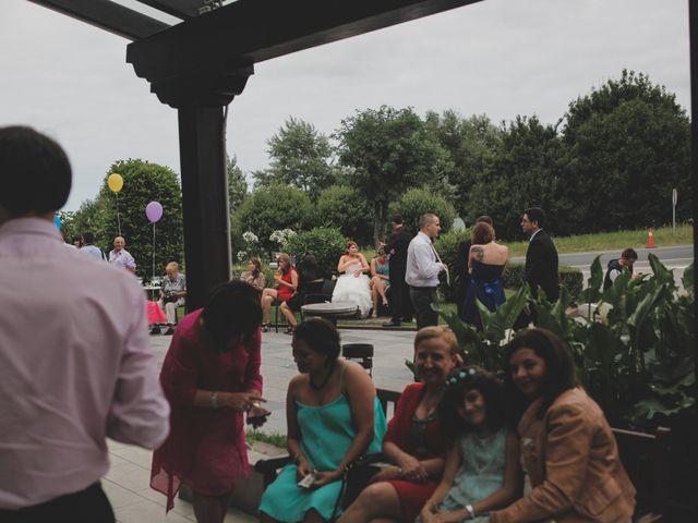 La boda de Iker y Olaia en Irun, Guipúzcoa 75