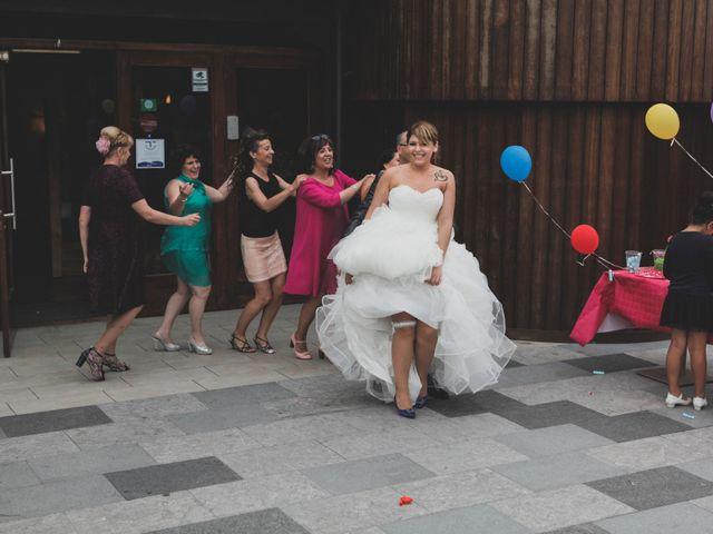La boda de Iker y Olaia en Irun, Guipúzcoa 77