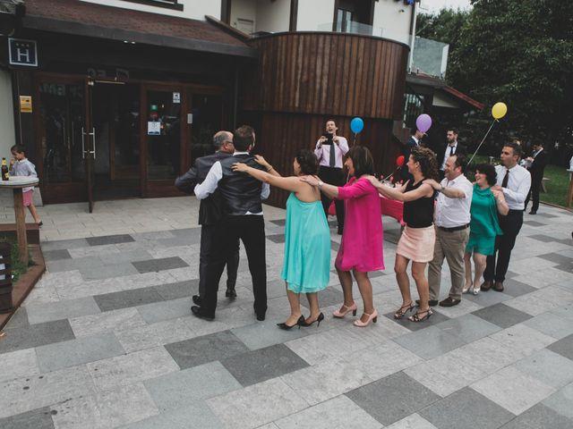 La boda de Iker y Olaia en Irun, Guipúzcoa 78