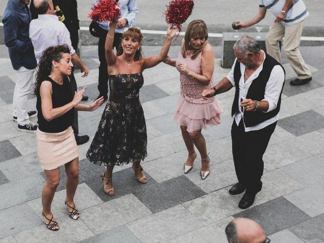 La boda de Iker y Olaia en Irun, Guipúzcoa 89