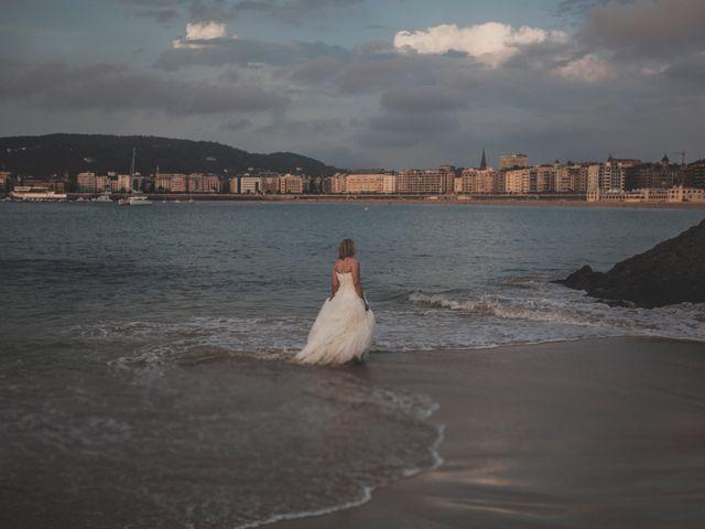 La boda de Iker y Olaia en Irun, Guipúzcoa 103