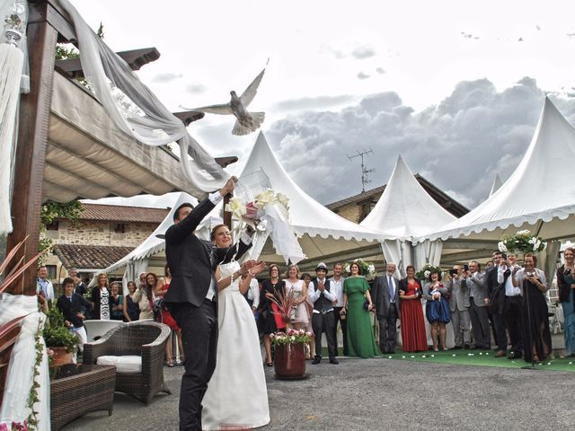 La boda de Jon y Sandra en Lezama, Álava 1