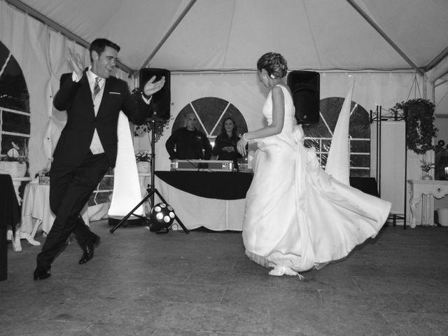 La boda de Jon y Sandra en Lezama, Álava 47