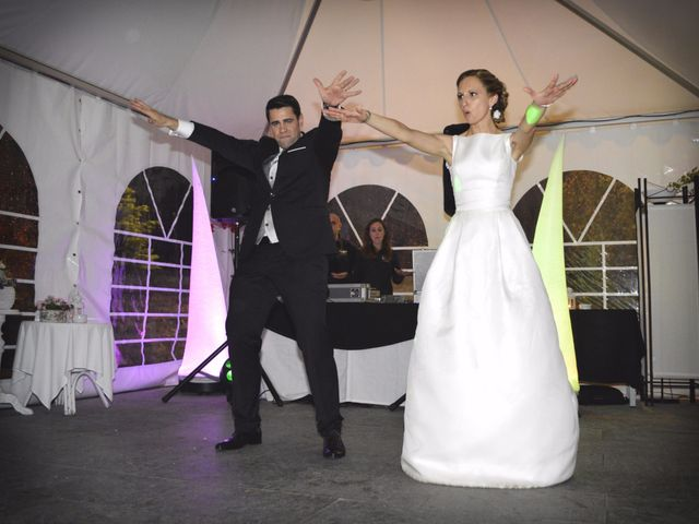 La boda de Jon y Sandra en Lezama, Álava 48