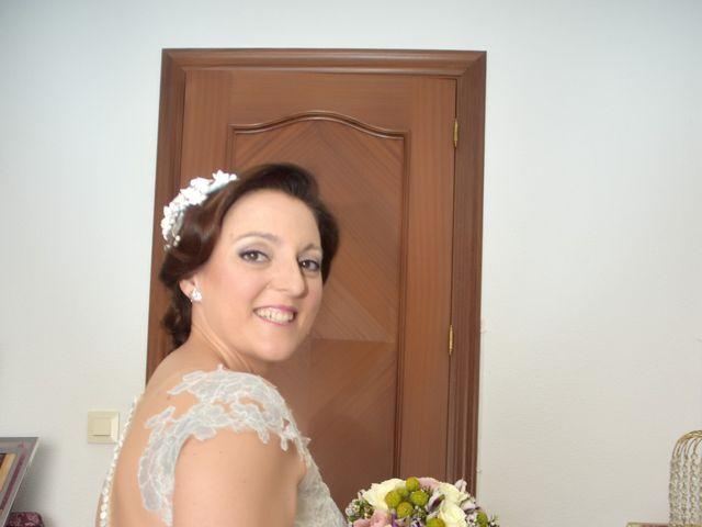 La boda de Roberto y Helena en Ballesteros De Calatrava, Ciudad Real 4