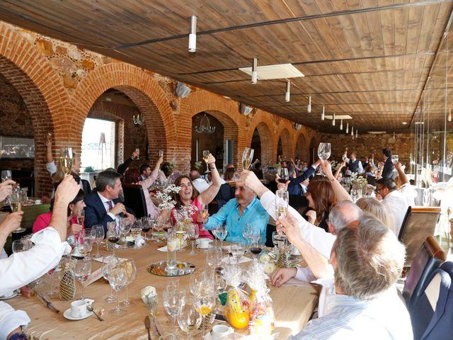 La boda de Roberto y Helena en Ballesteros De Calatrava, Ciudad Real 12